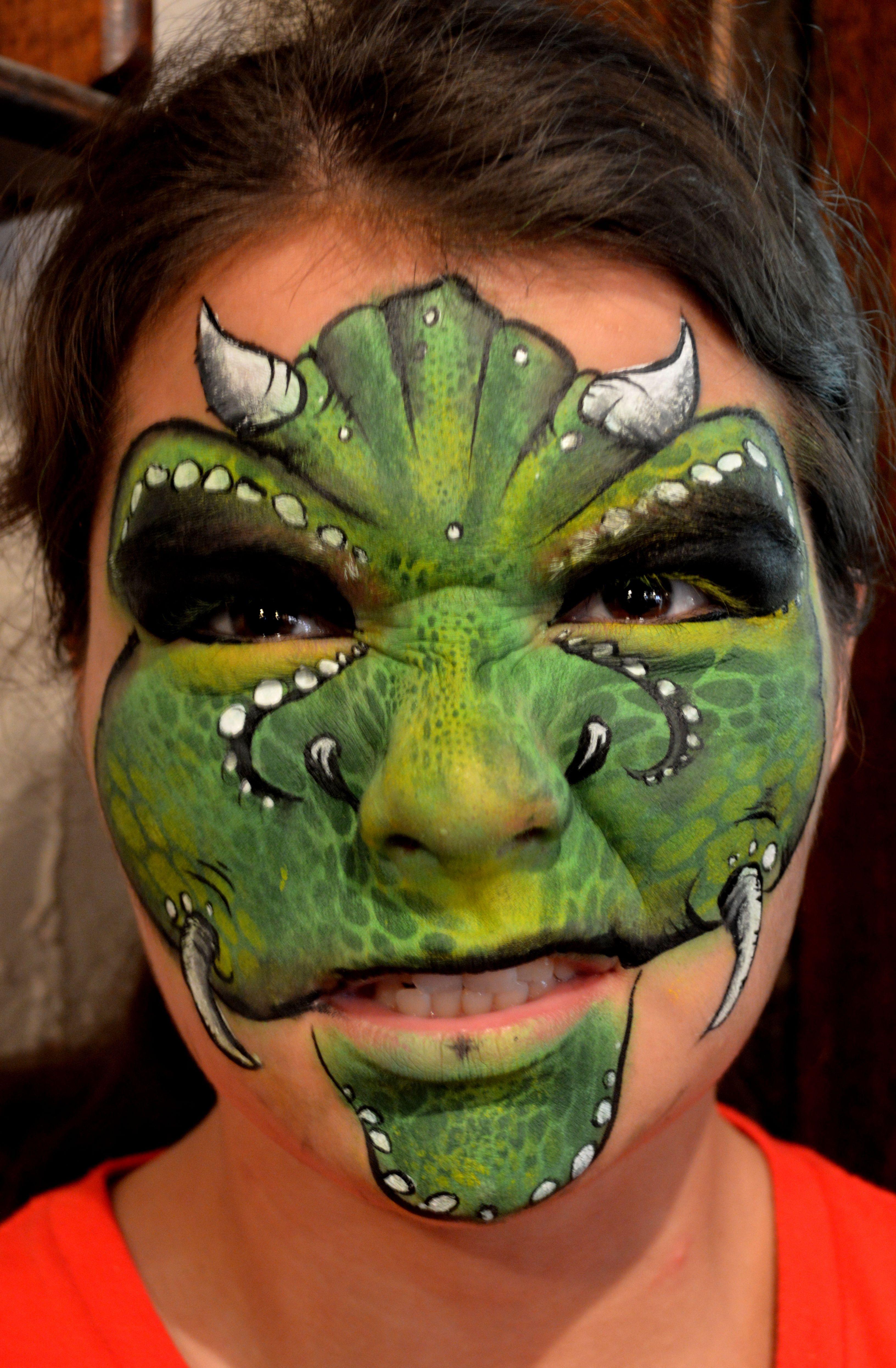 Really Good Dinosaur Face Paint Dinosaur Face Painting Dragon Face Painting Dragon Face