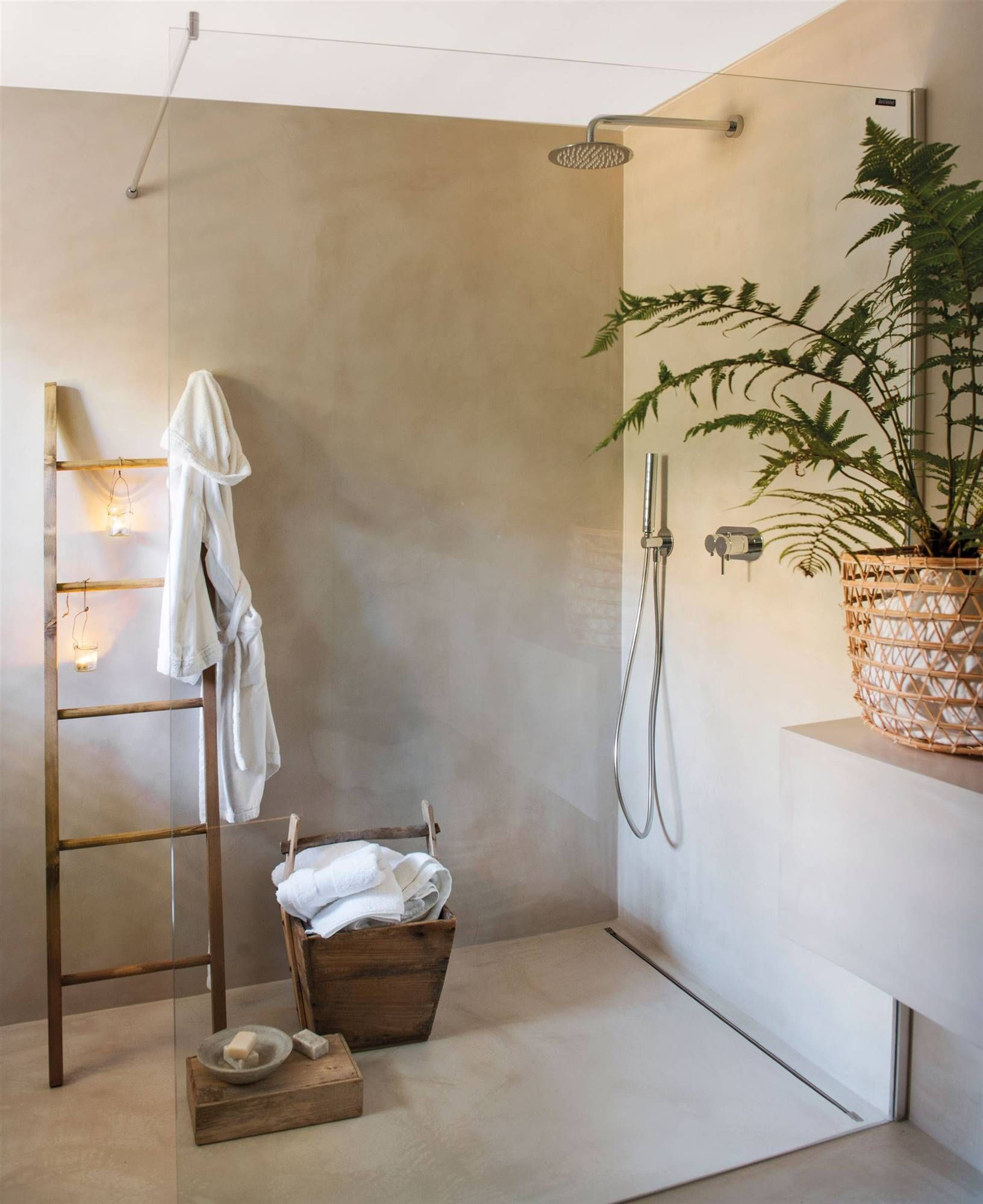 Baño Con Ducha A Ras De Suelo Y Mampara Transparente_00480355