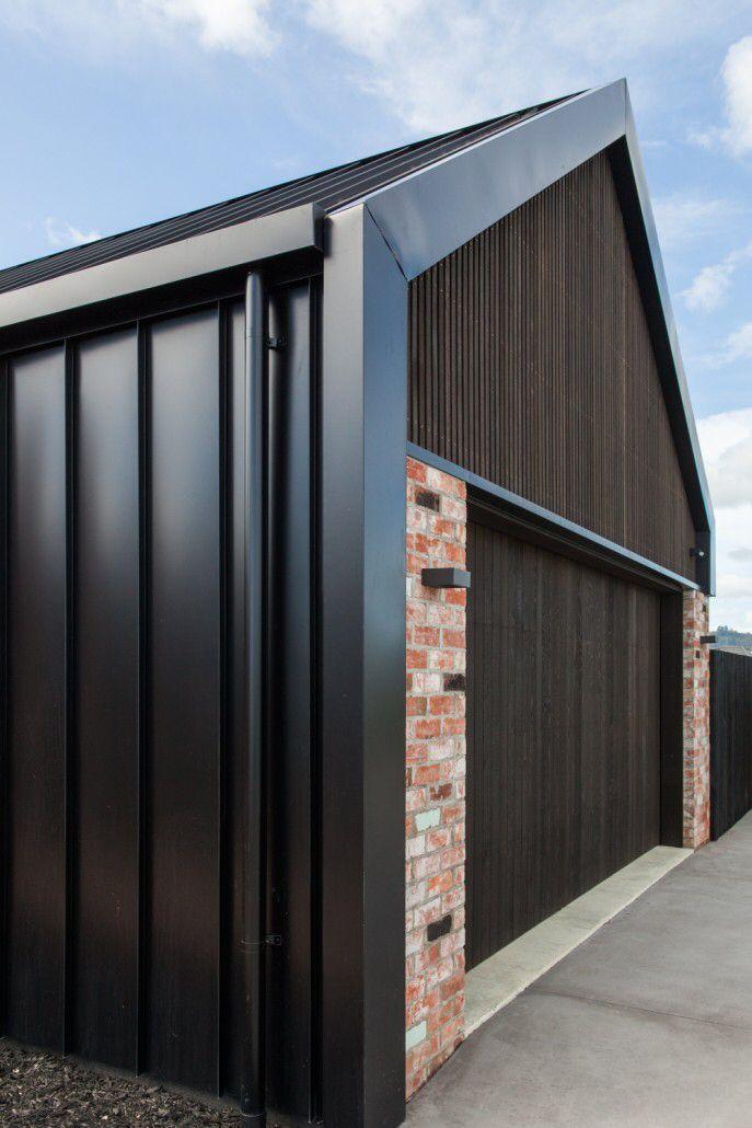 Best Urban Homes Cladding Detail Facade House Modern Barn 400 x 300