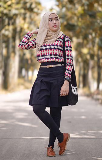 3c4d62cdfa42e0 Baju Casual Hijab Paduan Rok dan Celana