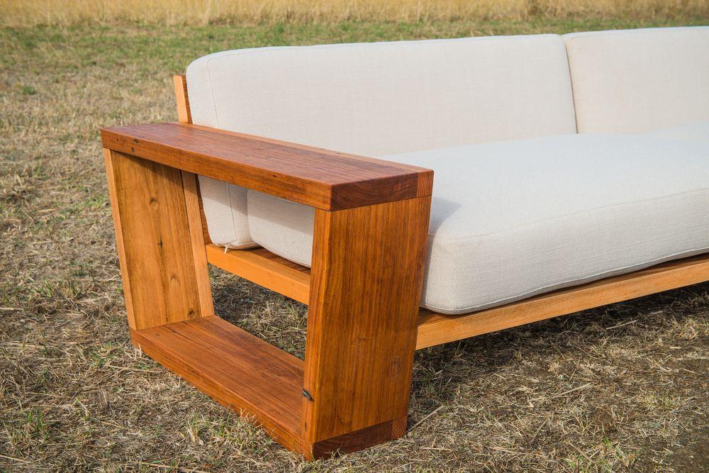 custom made couch   Design de sofá, Sofá de madeira ...