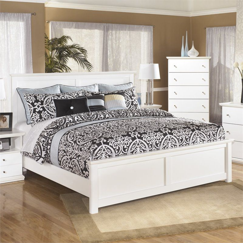 Ashley Furniture Bostwick Shoals Wood King Panel Bed In White