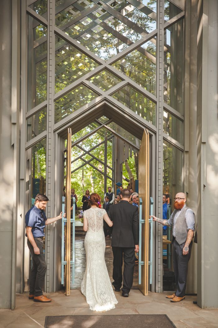 Lenzi Chris Beautiful 52 Guest Thorncrown Chapel Wedding In The Ozark Mountains Shawn