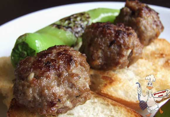 Classic fluffy meatballs. This will be your ultimate meatball recipe! | giverecipe.com | #meatballs