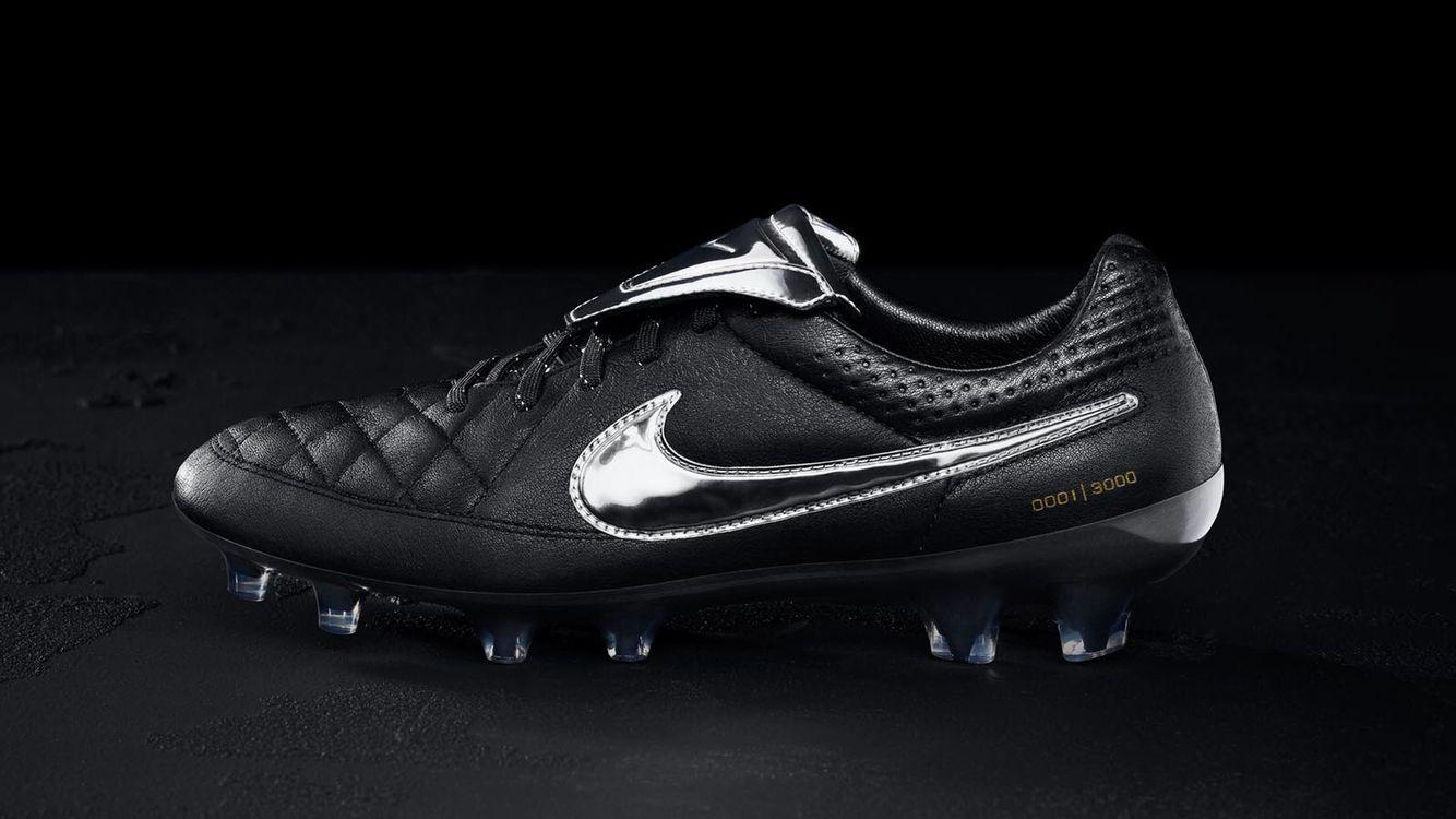 totti football boots