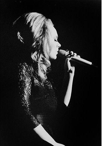 Adele Live At Concert Adele Official Blogspot Adele Live At