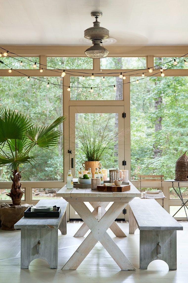 Come Arredare Un Portico Chiuso arredare veranda: 10 suggerimenti per abbellire e