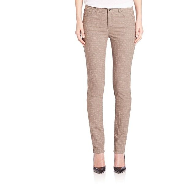 Lafayette 148 New York Pebble Jacquard Skinny Jeans (1.065 BRL) ❤ liked on Polyvore featuring jeans, apparel & accessories, mercury, lafayette 148 new york, zipper jeans, white skinny jeans, white jeans and zipper skinny jeans