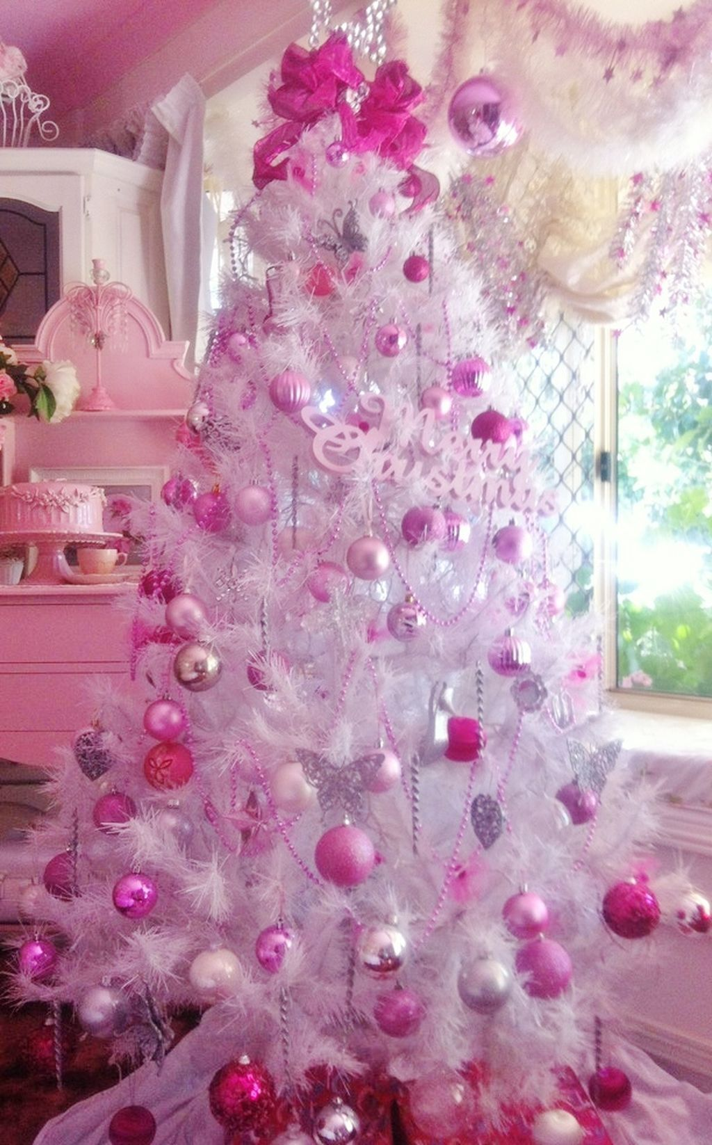 cool 99 cute and adorable pink christmas tree decoration ideas