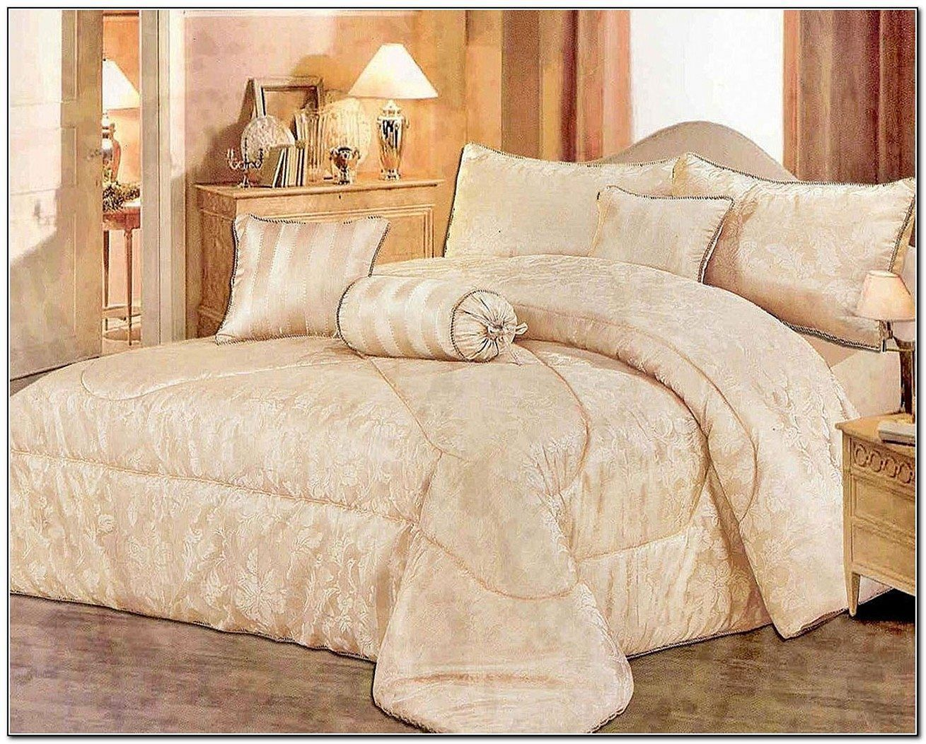 Adorable 23 Incredible Bedding Sets Design For Luxury