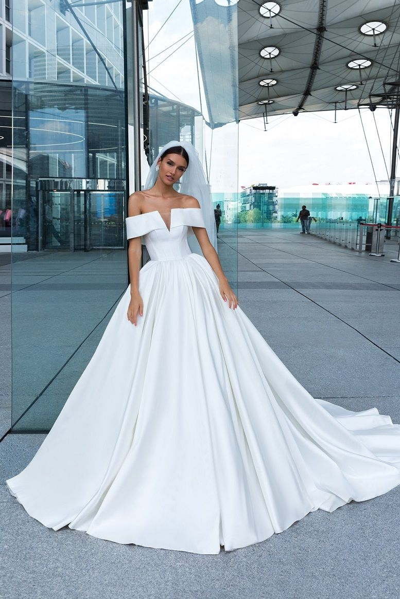 Crystal Design Couture 2019 Wedding Dresses - Paris Collection Off the shoulder ball gown Wedding Dresses #weddingdress #weddinggown #weddingdresses #bridalgown