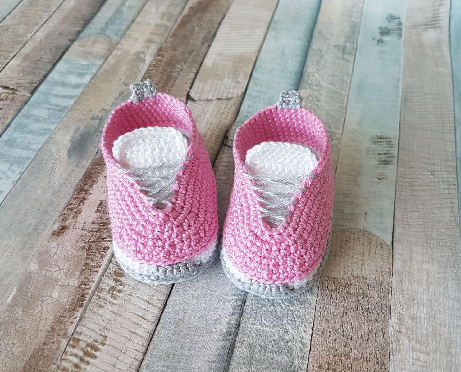 Kostenlose Häkelanleitung Babyschuhe