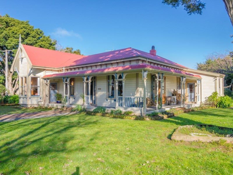 1880s late Victorian wraparound veranda Masterton