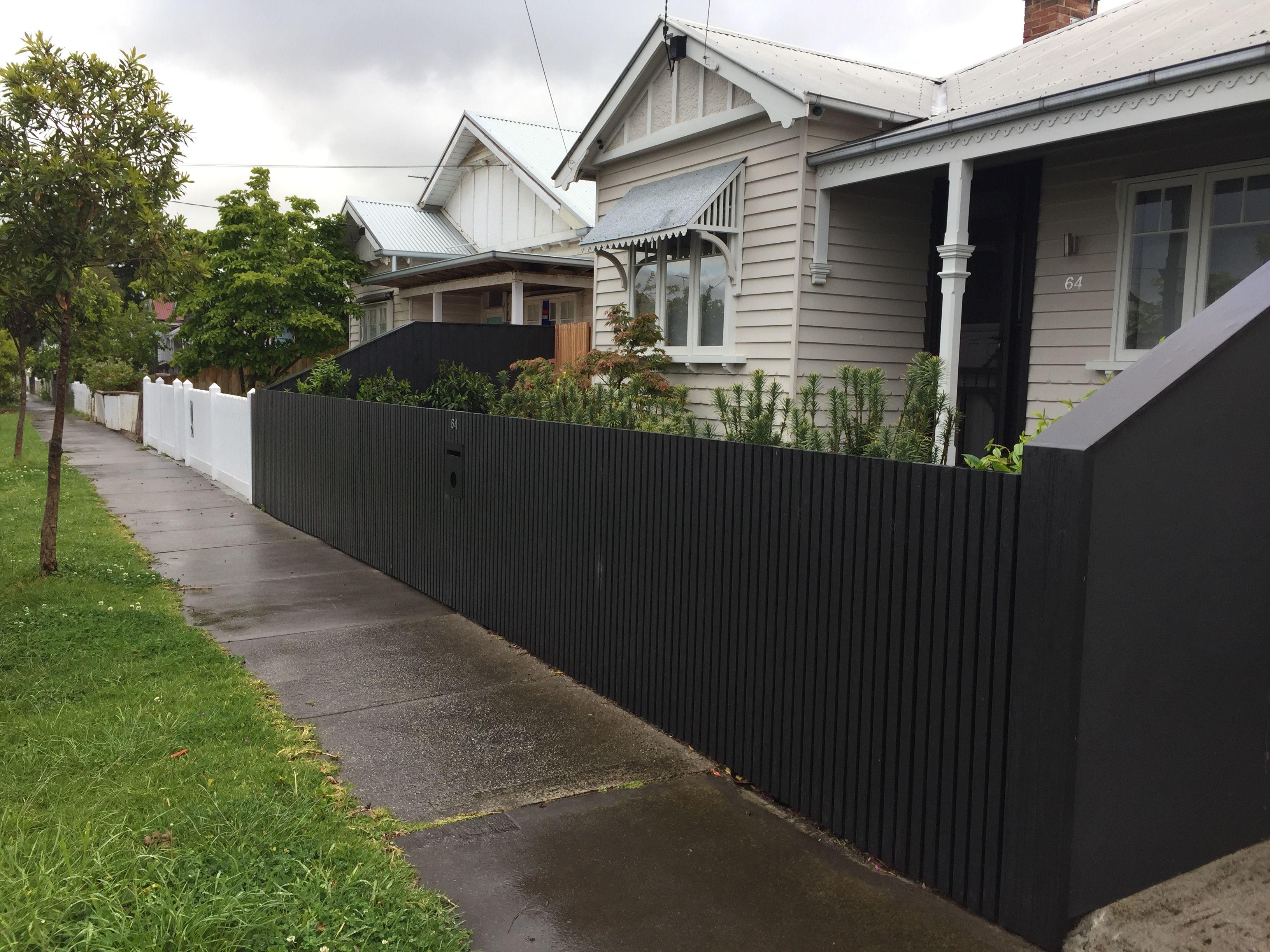 Backyard Fence Paint Ideas
