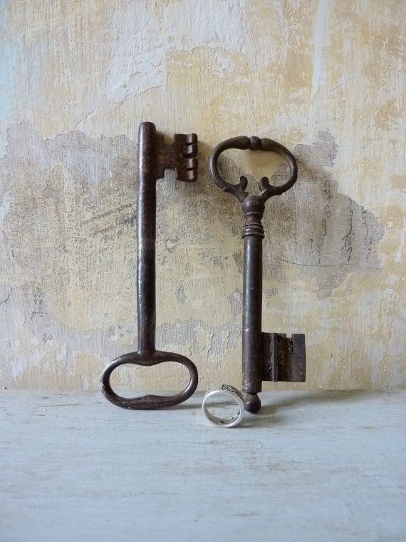 Large Rustic French Vintage Cast Iron Keys