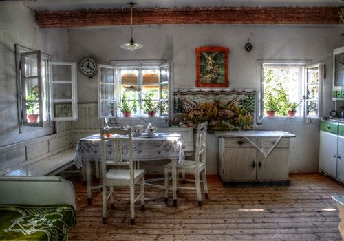 Superieur Old Country Kitchens