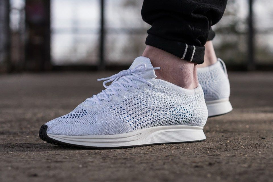 Bolsa el viento es fuerte Ausencia  A Closer Look at the Nike Flyknit Racer