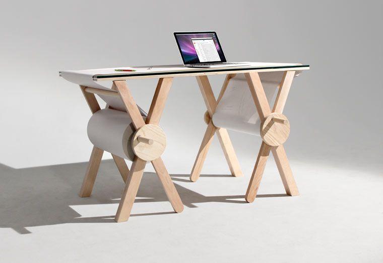 Sketch desk u un joli bureau pour dessiner et noter toutes vos