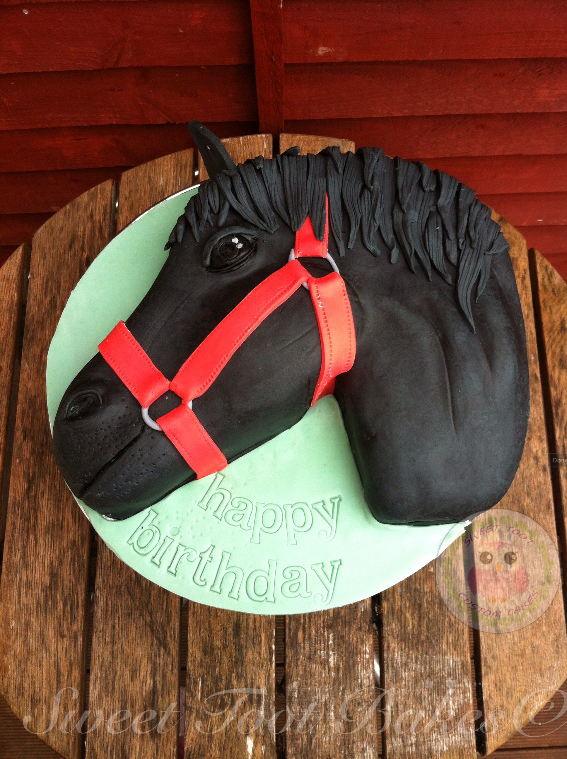 Horse head Cake black horse head Cake Ideas Pinterest Black