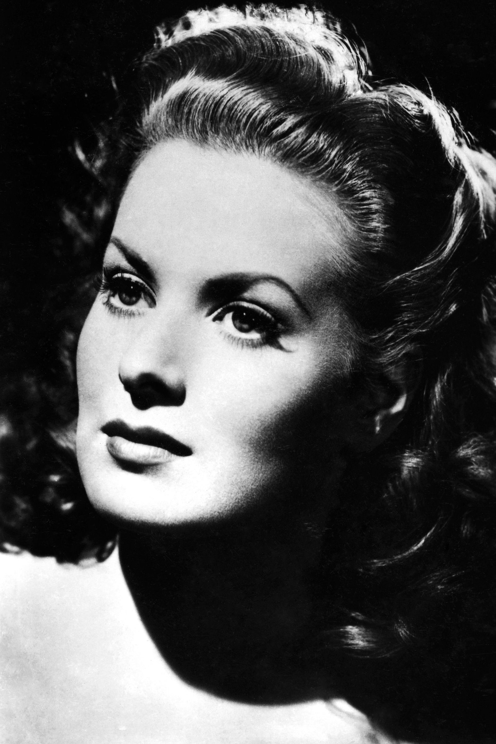 In Photos: Remembering Maureen O'Hara #hollywoodactor