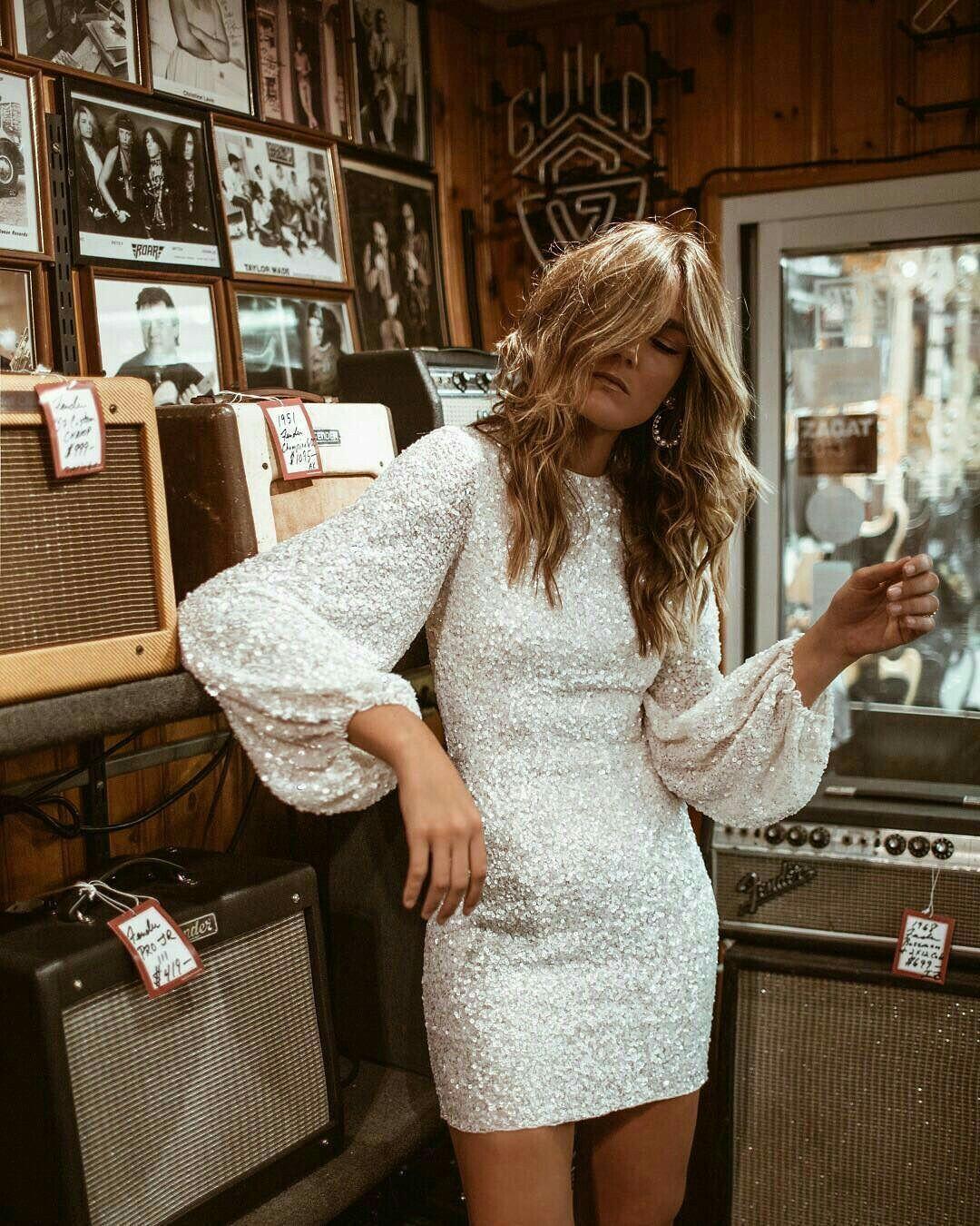 Photo of Liten blanc-kjole