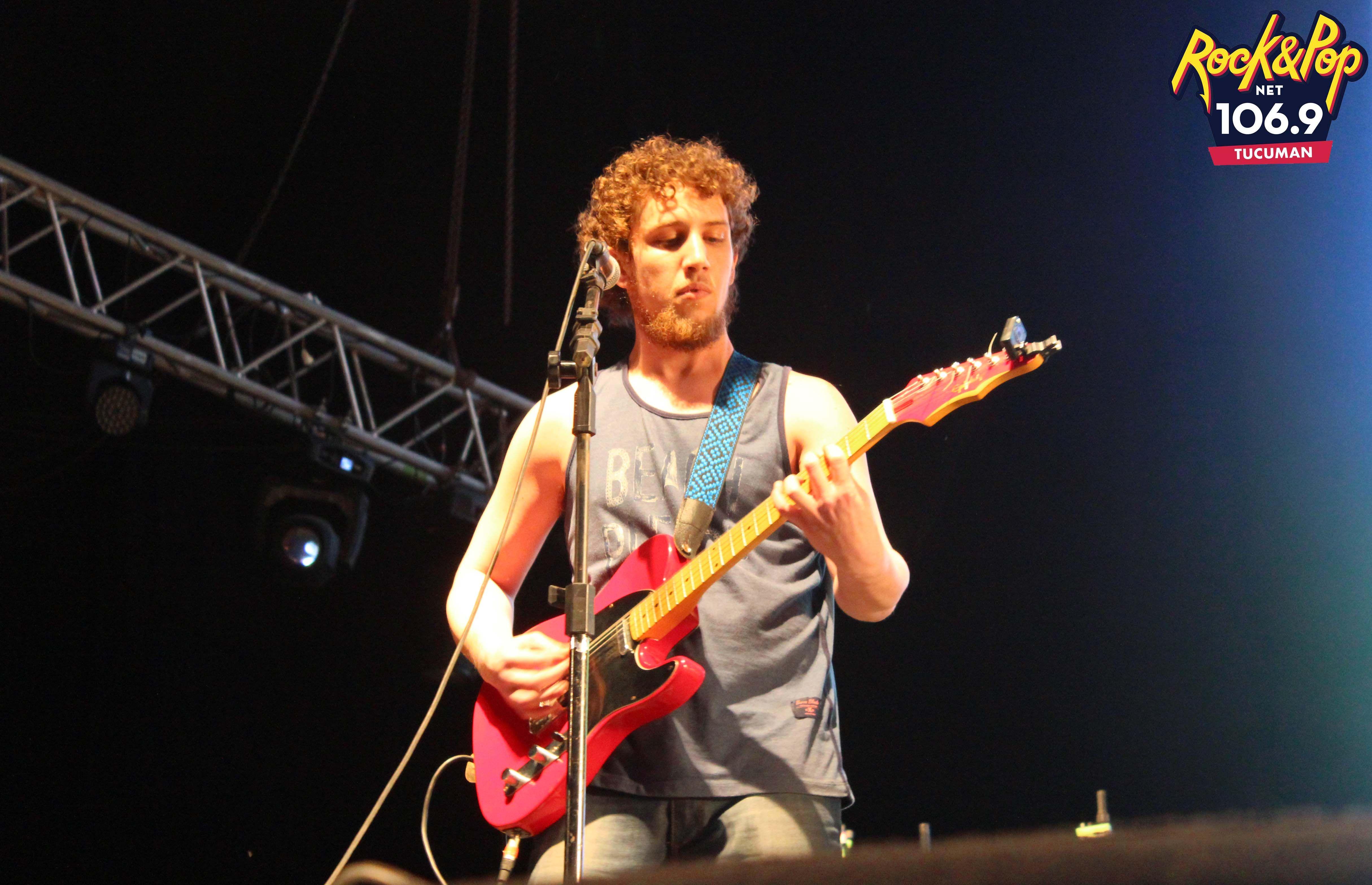 Yosef (Guitarrista de la banda De Los Pies A La Cabeza). #TucumanFest 2015