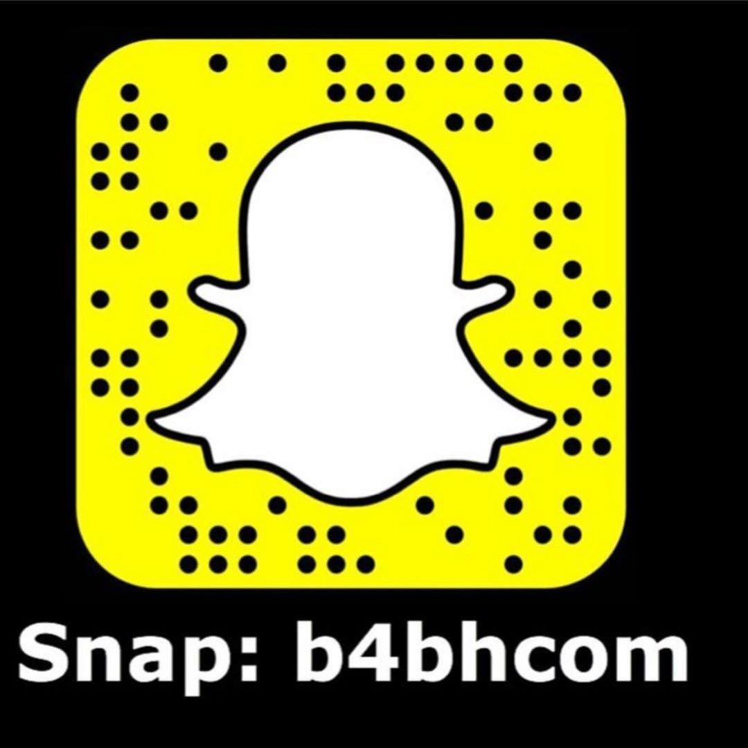 سناب بوابة البحرين فعاليات مطاعم تخفيضات وعروض المحلات أماكن يديدة بالبحرين وأشياء اكثر وأكثر تابعونا على Snapchat Screenshot Snapchat Friends Forever