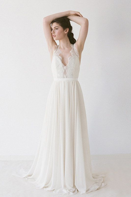 Destination Wedding Gown of the Week: Jordan by Truvelle
