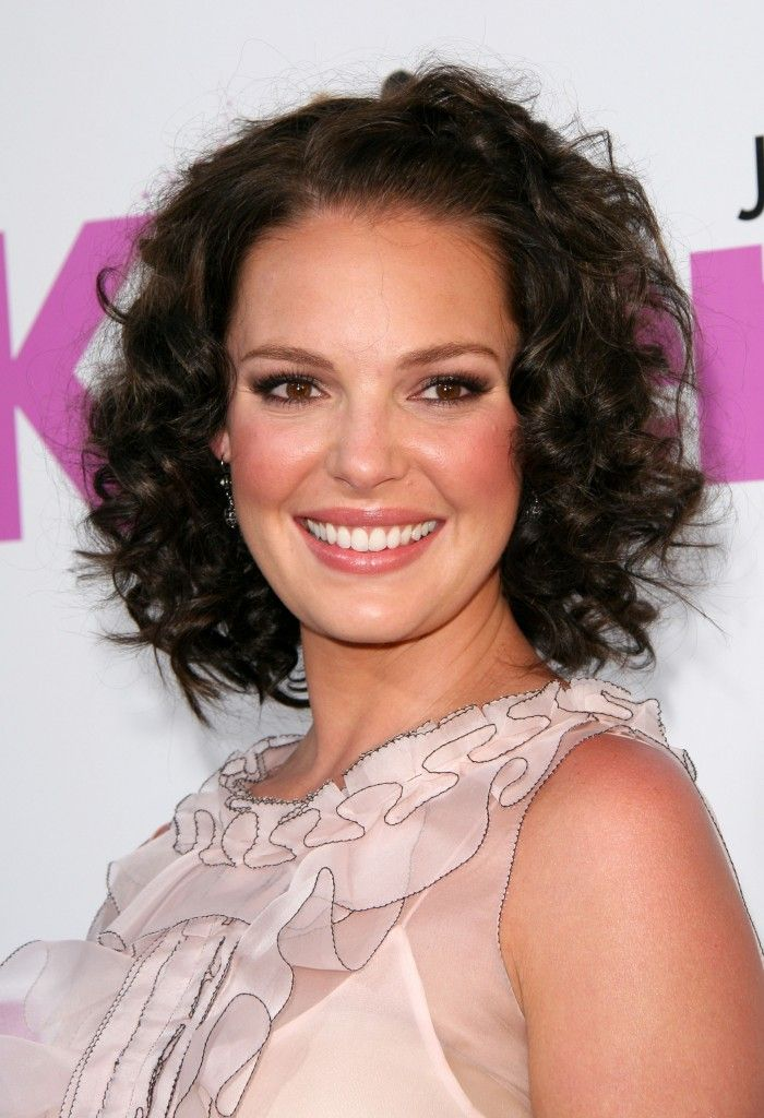 Short Curly Hairstyles For Round Faces Captivating Best Short Hairstyles For Round Faces  Medium Length Curly