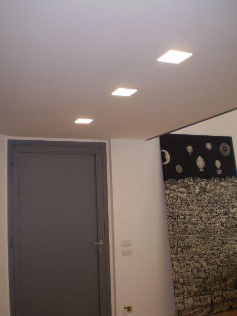 Abitazione privata illuminazione faretti incasso led for Abitazione design