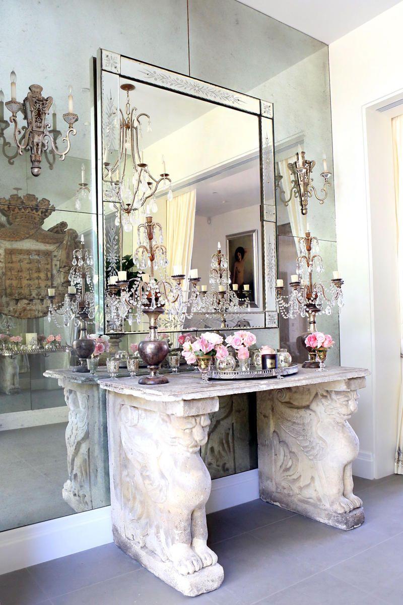 Tour Lisa Vanderpump S Villa Rosa Home Home Decor Interior