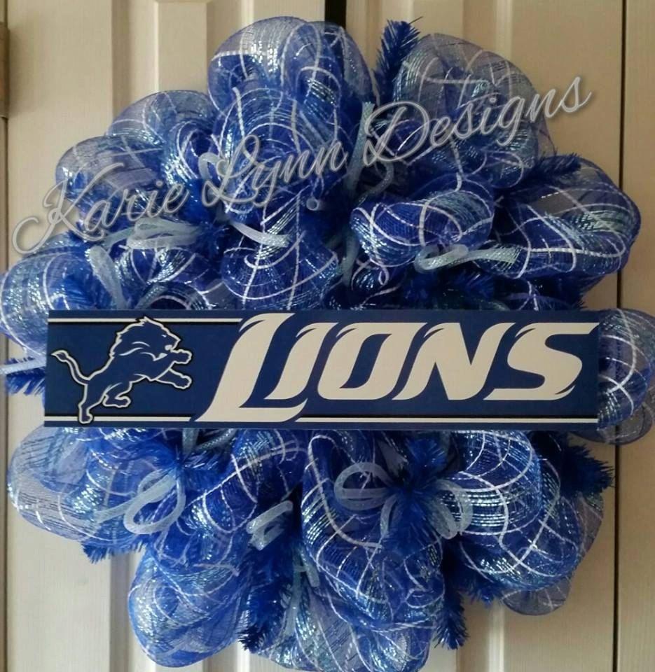 Detroit Lions Wreath by KarieLynnDesigns on Etsy https://www.etsy.com/listing/201483514/detroit-lions-wreath