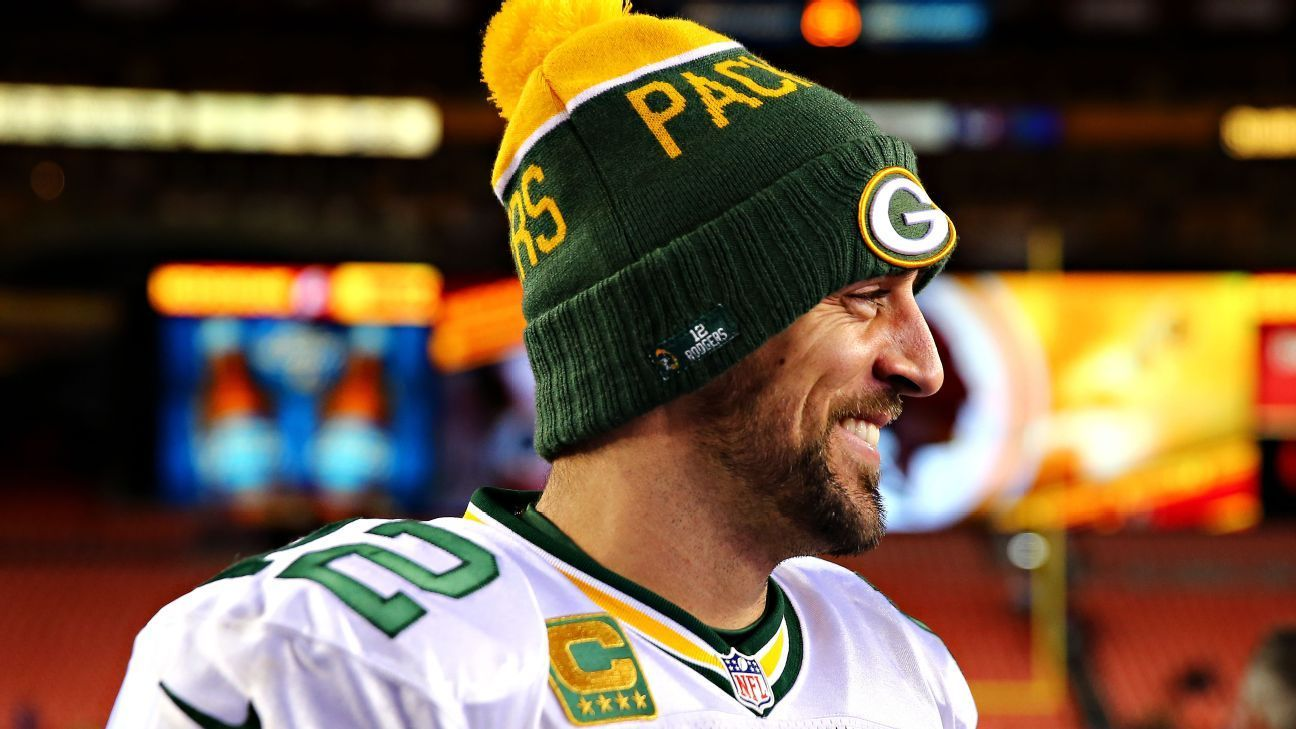 Aaron Rodgers Catches Powerball Fever Aaron Rodgers Green Bay Packers Packers