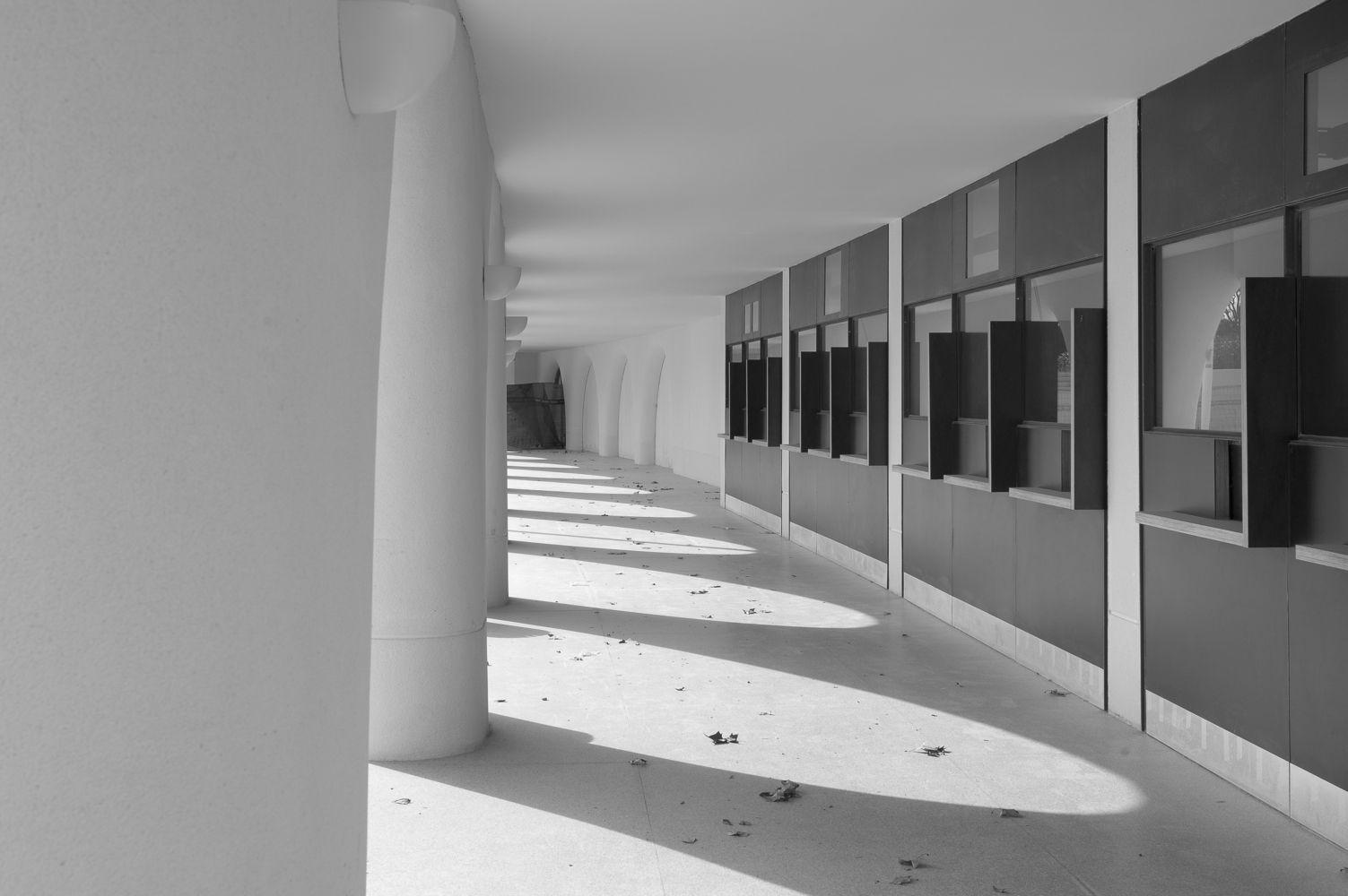 Hipódromo de la Zarzuela, Madrid, España - Carlos Arniches Moltó + Martín Domínguez + Eduardo Torroja - © Ana Amado