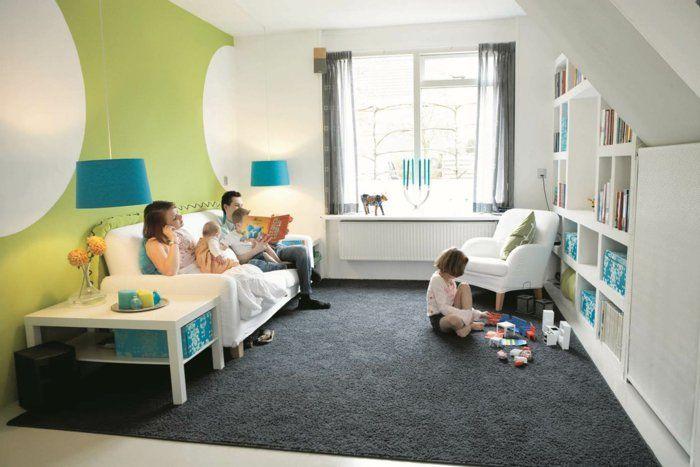 wohnzimmer einrichten spielbereich kinder grauer teppich grüne - einrichten wohnzimmer