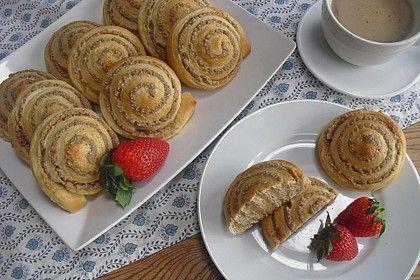 Großmutters Nussschnecken   Recipe   Backen/ Baking ...