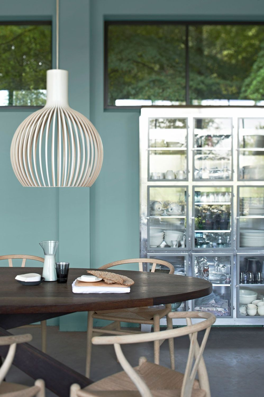 balanced finland inspiratie levis kleur ijsblauw balanced feeling muurkleuren huisstijlkleuren verfkleuren