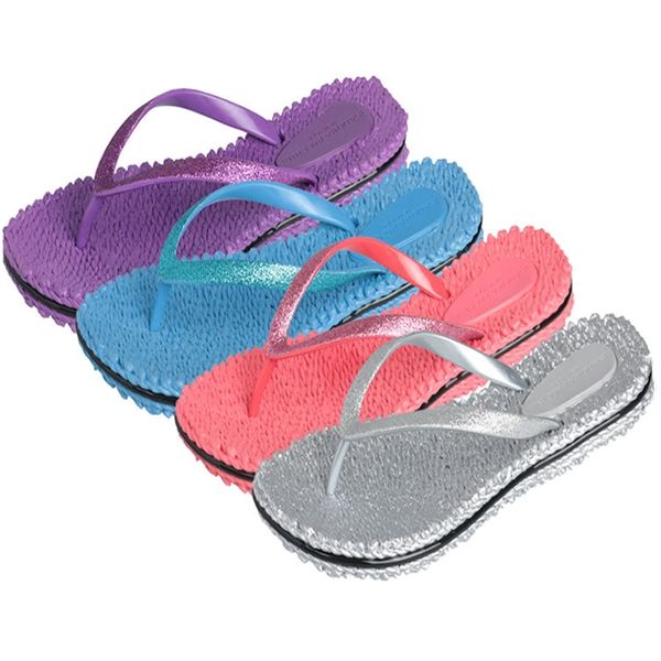 SilverBright Colored Women's Flip Flops Sizes M-XLIsadora Paccini braided flip flops are perfect for the beach shower or just to relax anywhere.  Very durable fine soft rubber with a glittery spark look.Colors Coral Blue Lilac Sunshine FuchsiaSizes M L XL XXLMaterial RubberPackaging Comes with a hang pack or cardboard
