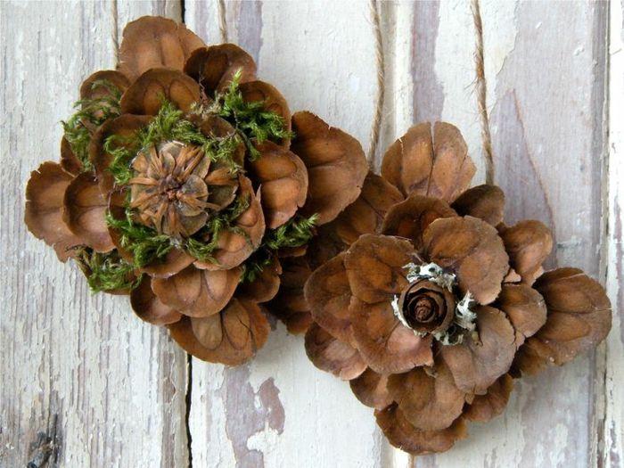 deco noel a fabriquer bricolage original avec des cones de pin dco noel fait - Decoration Avec Des Pommes De Pin