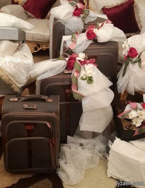 تزيين وتغليف دبش وجهاز العروسه بابتكارات راقيه بتصاميم سونا وسوما Gift Wrapping Gifts Decor