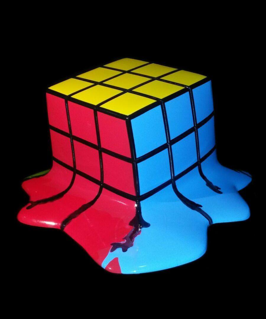 Gian Pablo Polito Rubik\'s Cube, 2016 Tecnica: Resina Medidas: 40 x ...