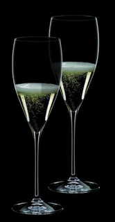 The perfect champagne glass, Riedel Vinum XL Champagne flute.