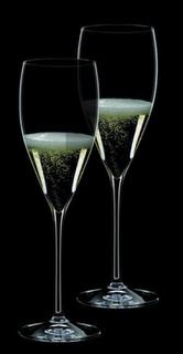 The perfect champagne glass, Riedel Vinum XL Champagne flute.