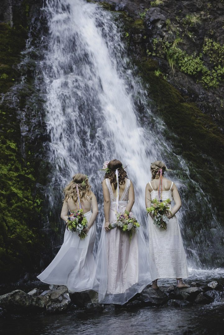 Chic Bohemian wedding | fabmood.com #bohemianwedding #bridalstyle #weddingbouquets