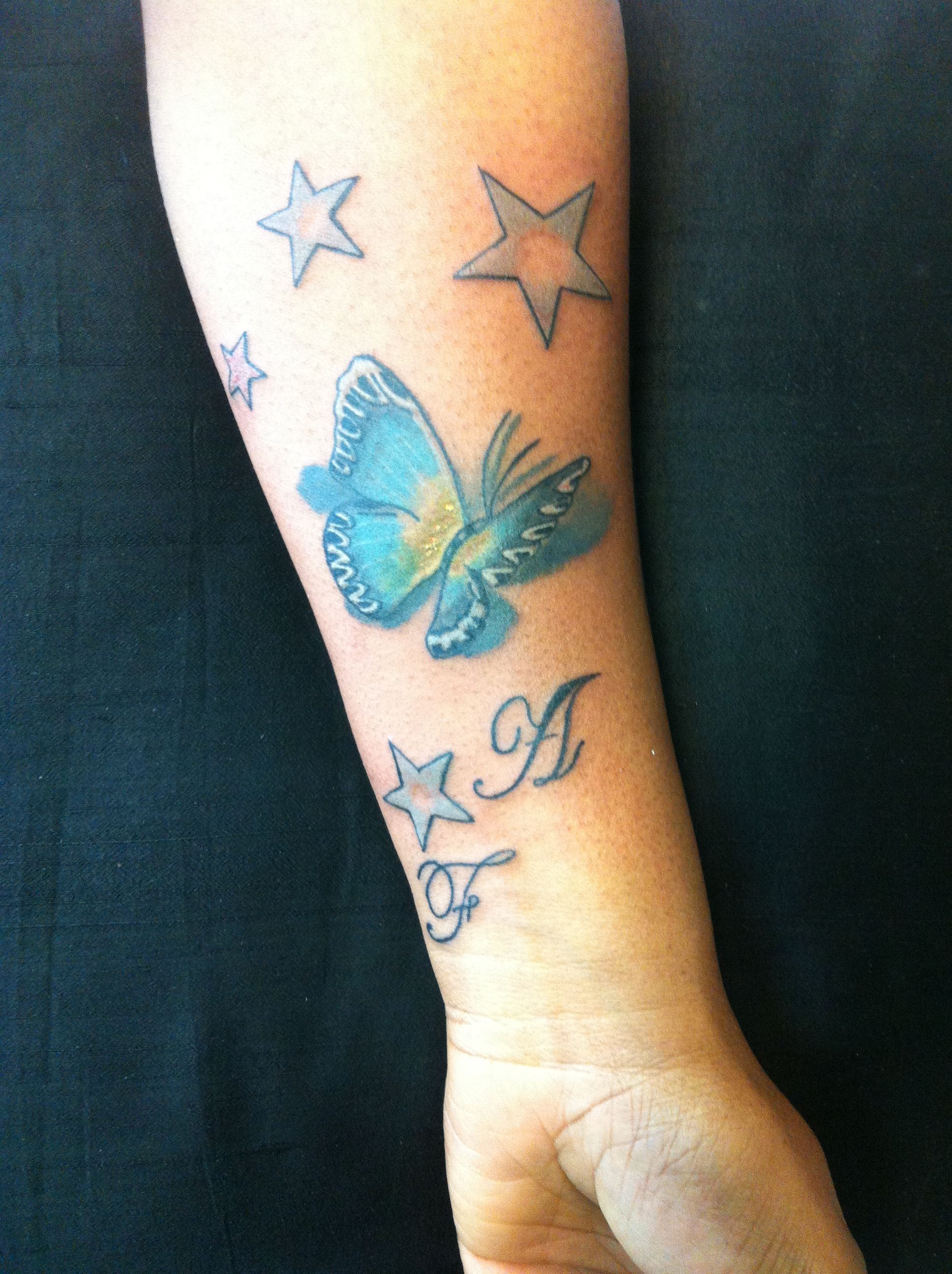 Stelle Iniziali E Farfalla Nadia Borderline Tattoo Studio