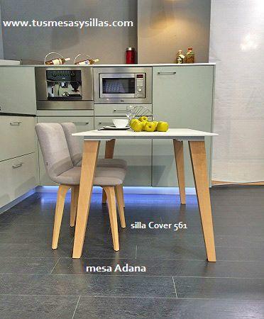 mesa estilo nordico con patas en madera y encimera en madera ...