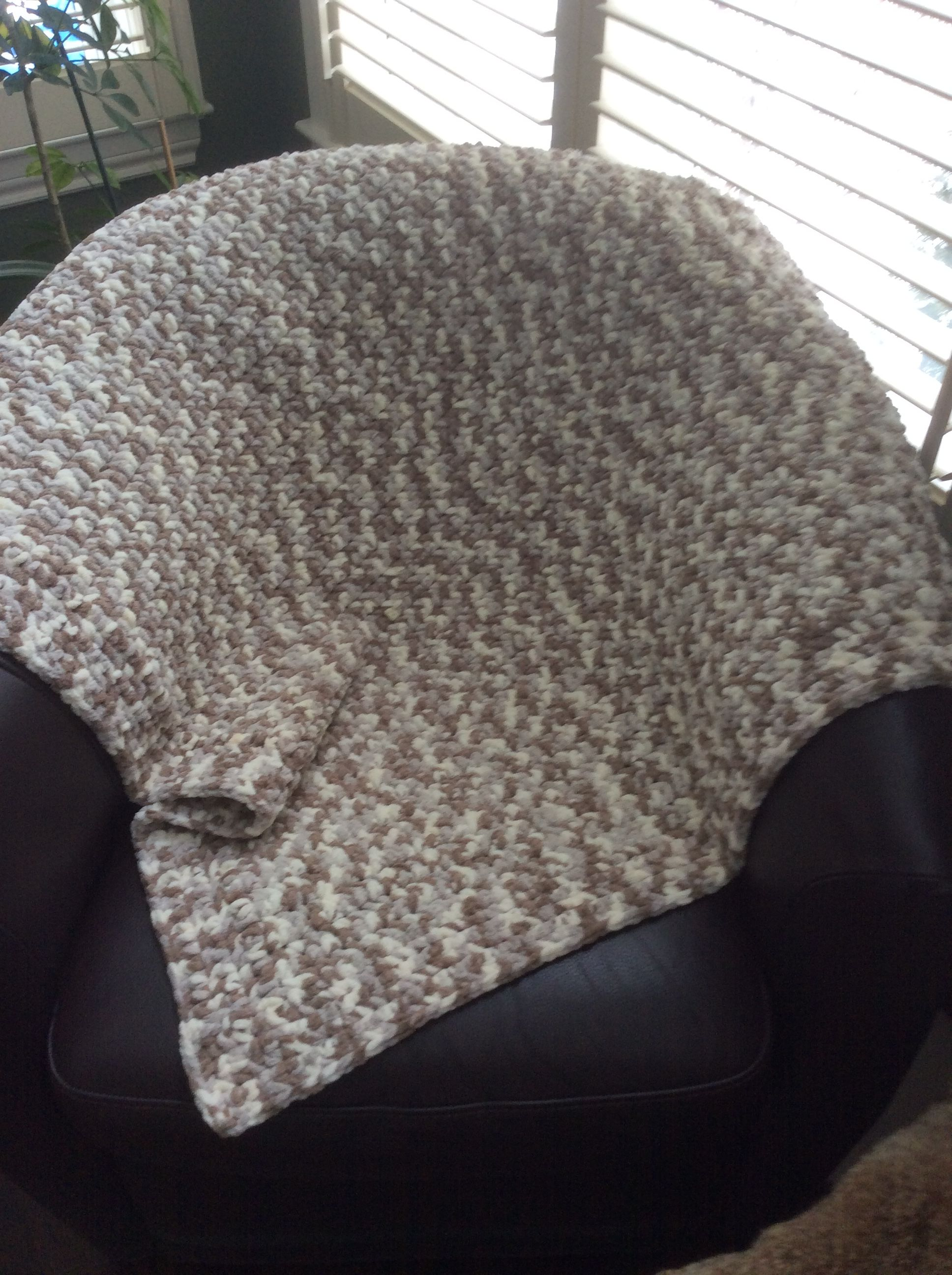 Baby Blanket Crochet Using Bernat Baby Blanket Yarn
