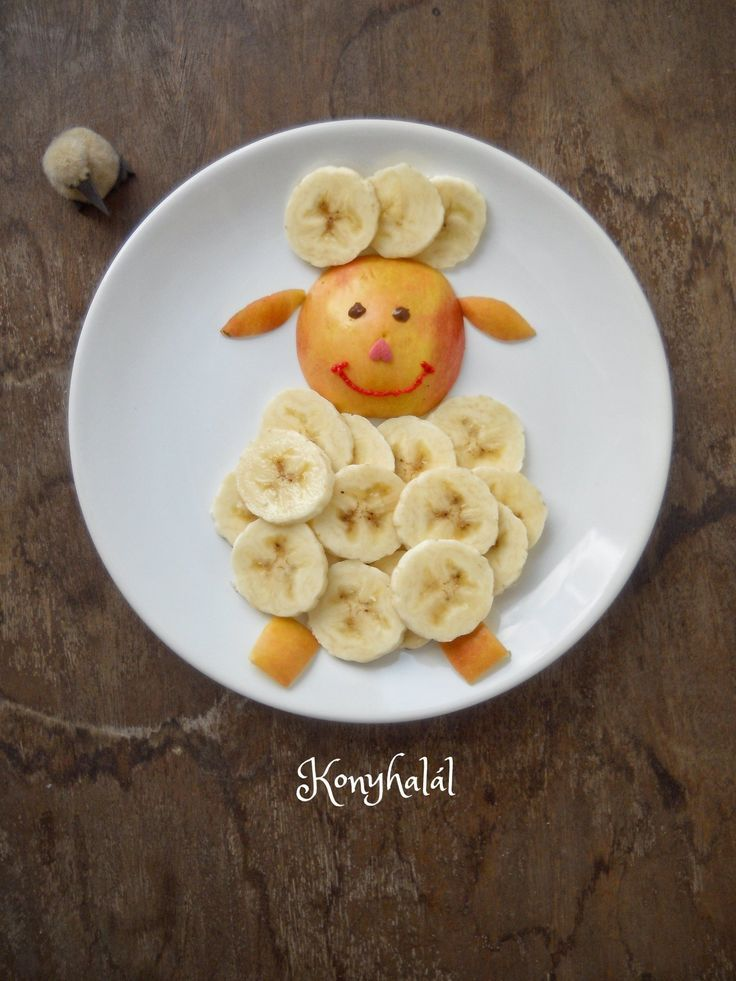 Photo of Apple and banana sheep. How sweet