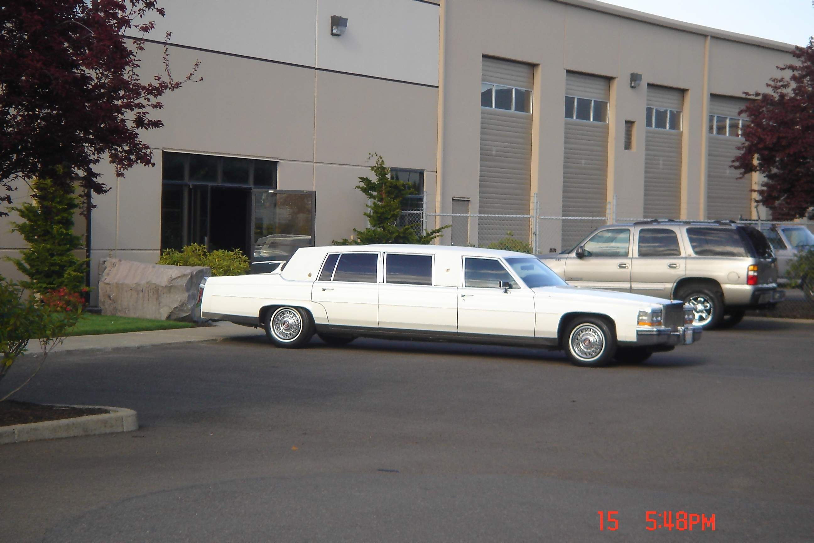 cadillac limousine limo car i just come across this type of amazing
