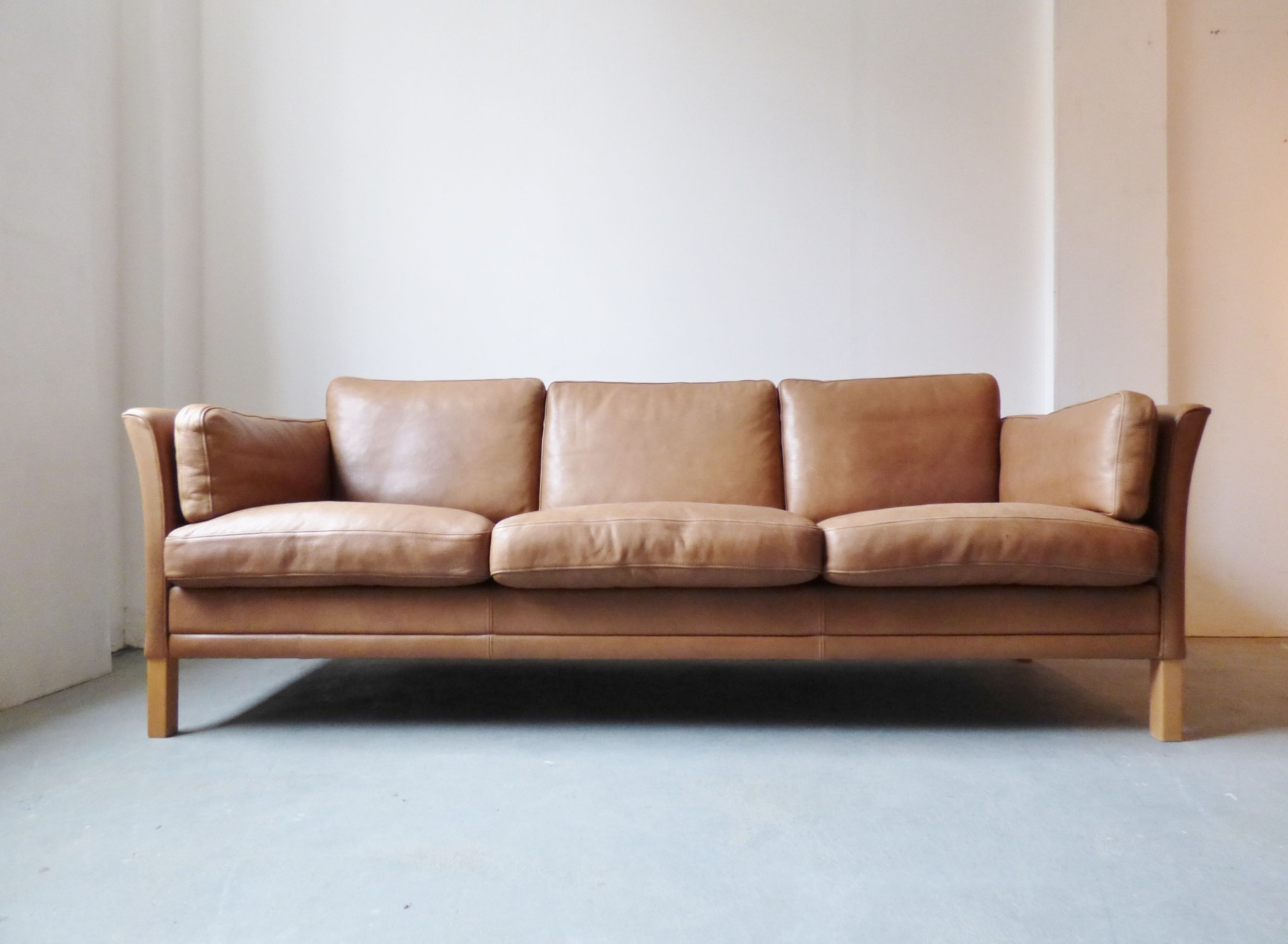 Vintage Danish tan leather 3 seater sofa lounge room
